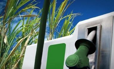 Safra 17/18 no Centro-Sul deve fechar com estoque de etanol até 21% menor