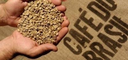 Exportação de café verde cai 13% em novembro; Cecafé vê retomada em 2018