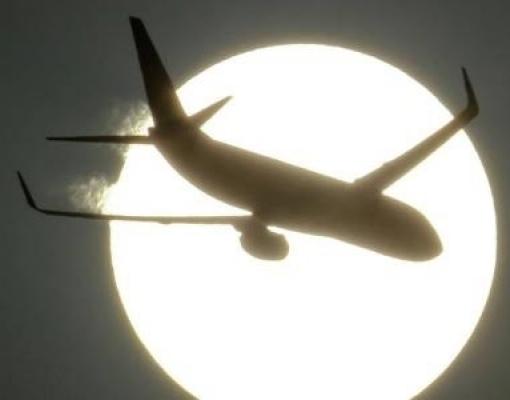 A longa jornada dos aviões para reduzir sua pegada de carbono